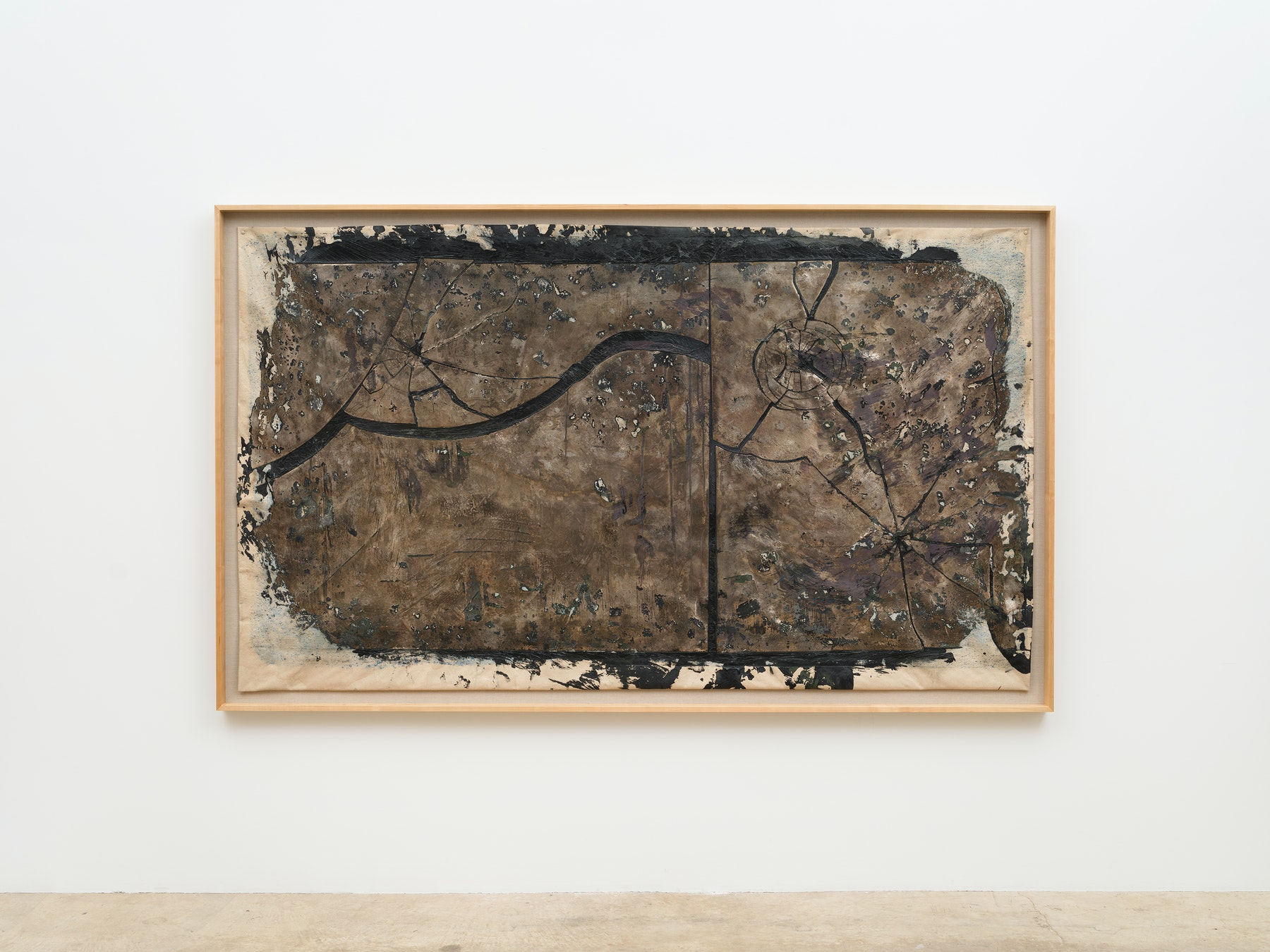 """Edgar Arceneaux """"Skinning the Mirror #11,"""" 2021 Silver nitrate, acrylic paint, and glass on canvas 65 ¹⁄₂"""" x 9' ¹⁄₂"""" x 3"""" [HxWxD] (166.37 x 275.59 x 7.62 cm) framed; 61"""" x 93"""" [HxW] (154.94 x 236.22 cm) unframed Inventory #ARC643 Courtesy of the artist and Vielmetter Los Angeles Photo credit: Jeff McLane / Xiaoyue Zhang"""