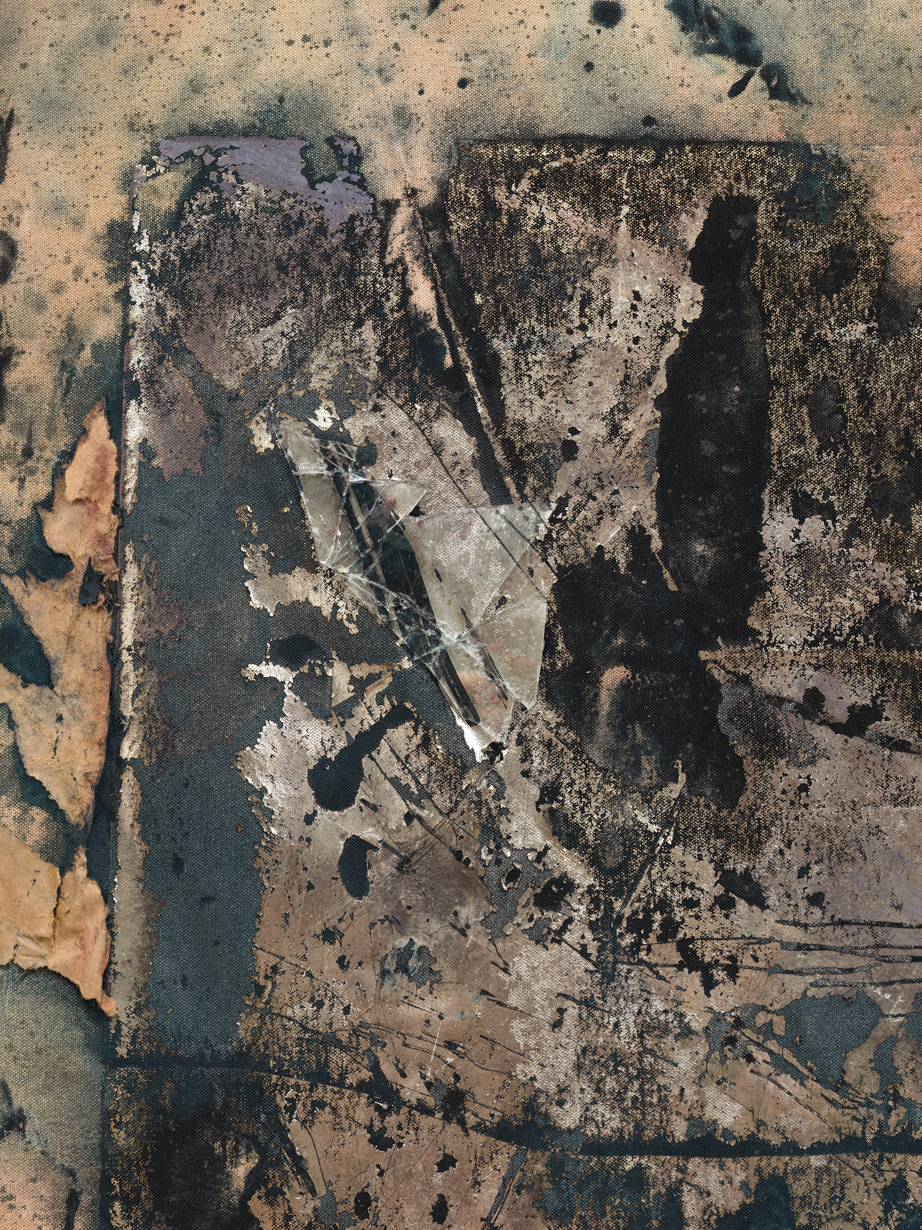 """Edgar Arceneaux """"Skinning the Mirror #13,"""" 2021 Silver nitrate, acrylic paint, paper, and glass on canvas 73 ³⁄₄"""" x 58"""" x 2"""" [HxWxD] (187.32 x 147.32 x 5.08 cm) Inventory #ARC645 Courtesy of the artist and Vielmetter Los Angeles Photo credit: Jeff McLane / Xiaoyue Zhang"""