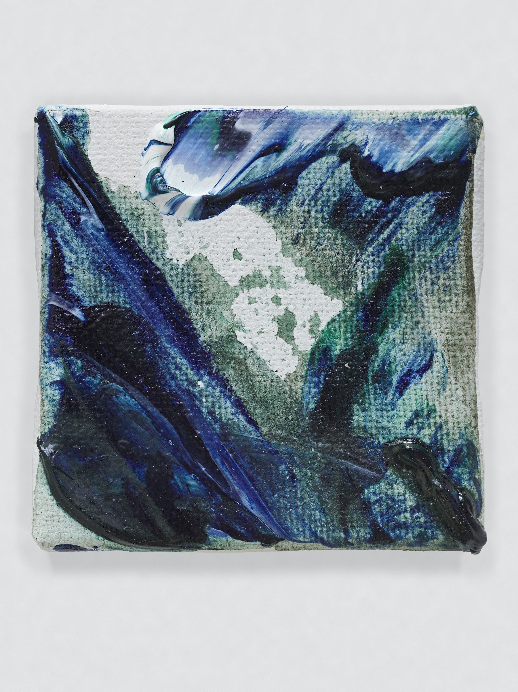 """Louise Fishman """"UNTITLED,"""" 2014 Oil on canvas 2 x 2"""" [HxW] (5.08 x 5.08 cm) Inventory #FIS153 Courtesy of the artist and Vielmetter Los Angeles Photo credit: Genevieve Hanson Signed and dated on verso"""