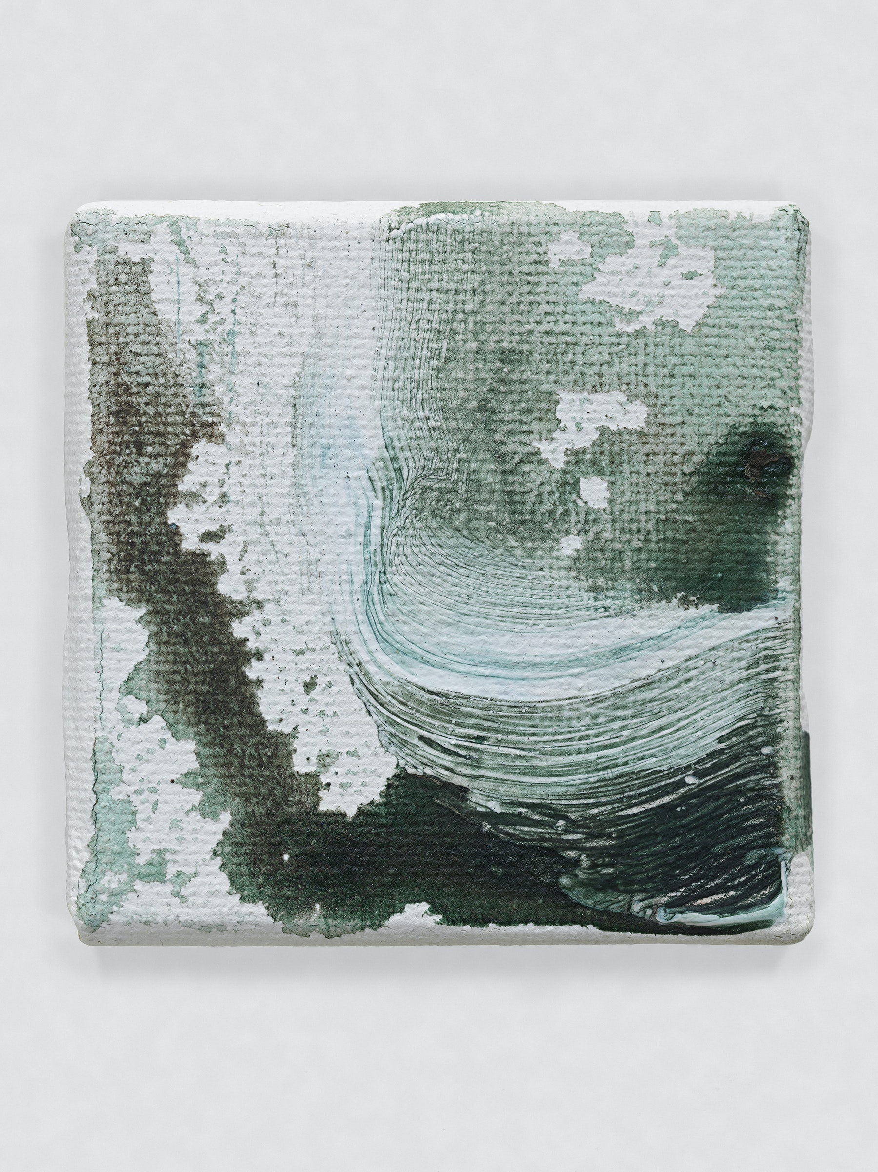 """Louise Fishman """"UNTITLED,"""" 2014 Oil on canvas 2 x 2"""" [HxW] (5.08 x 5.08 cm) Inventory #FIS154 Courtesy of the artist and Vielmetter Los Angeles Photo credit: Genevieve Hanson Signed and dated on verso"""