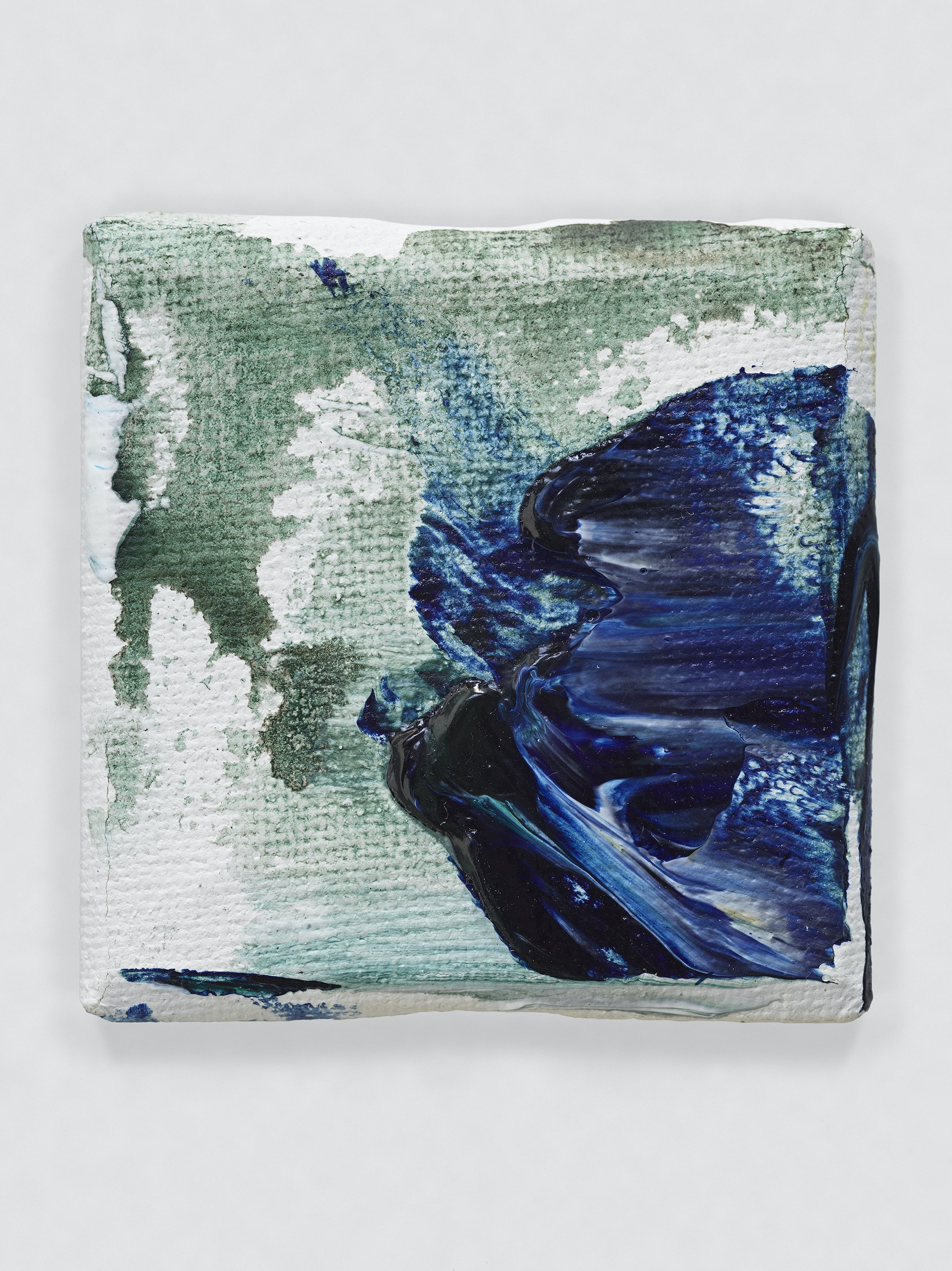 """Louise Fishman """"UNTITLED,"""" 2014 Oil on canvas 2 x 2"""" [HxW] (5.08 x 5.08 cm) Inventory #FIS155 Courtesy of the artist and Vielmetter Los Angeles Photo credit: Genevieve Hanson Signed and dated on verso"""
