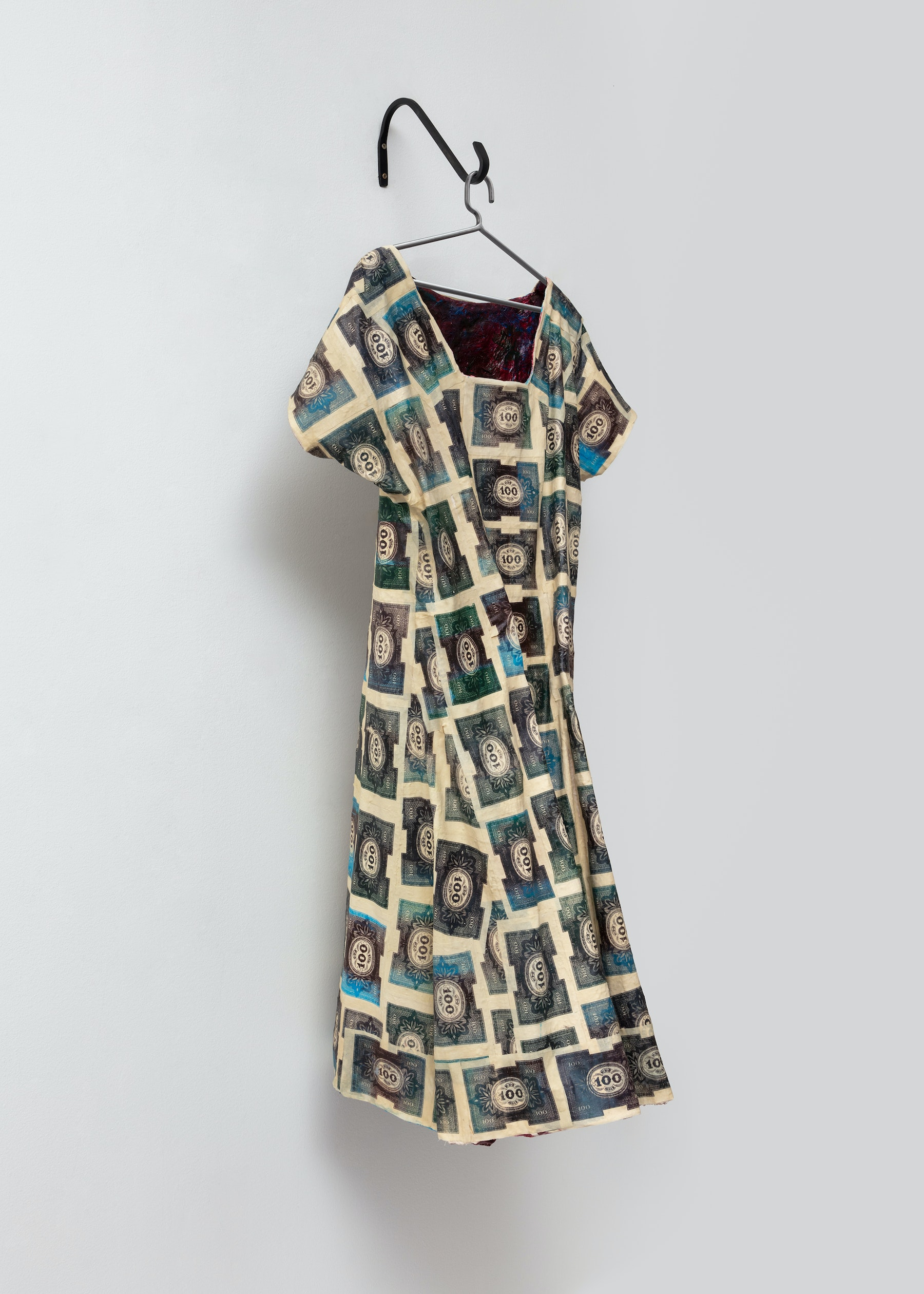 "Liz Glynn ""Panic Dress '23,"" 2020 Silkscreen on muslin, aquaresin, acrylic, fiberglass, and steel 58 x 24.5 x 20.5"" [HxWxD] (147.32 x 62.23 x 52.07 cm) Inventory #GLY176 Courtesy of the artist and Vielmetter Los Angeles Photo credit: Brica Wilcox"