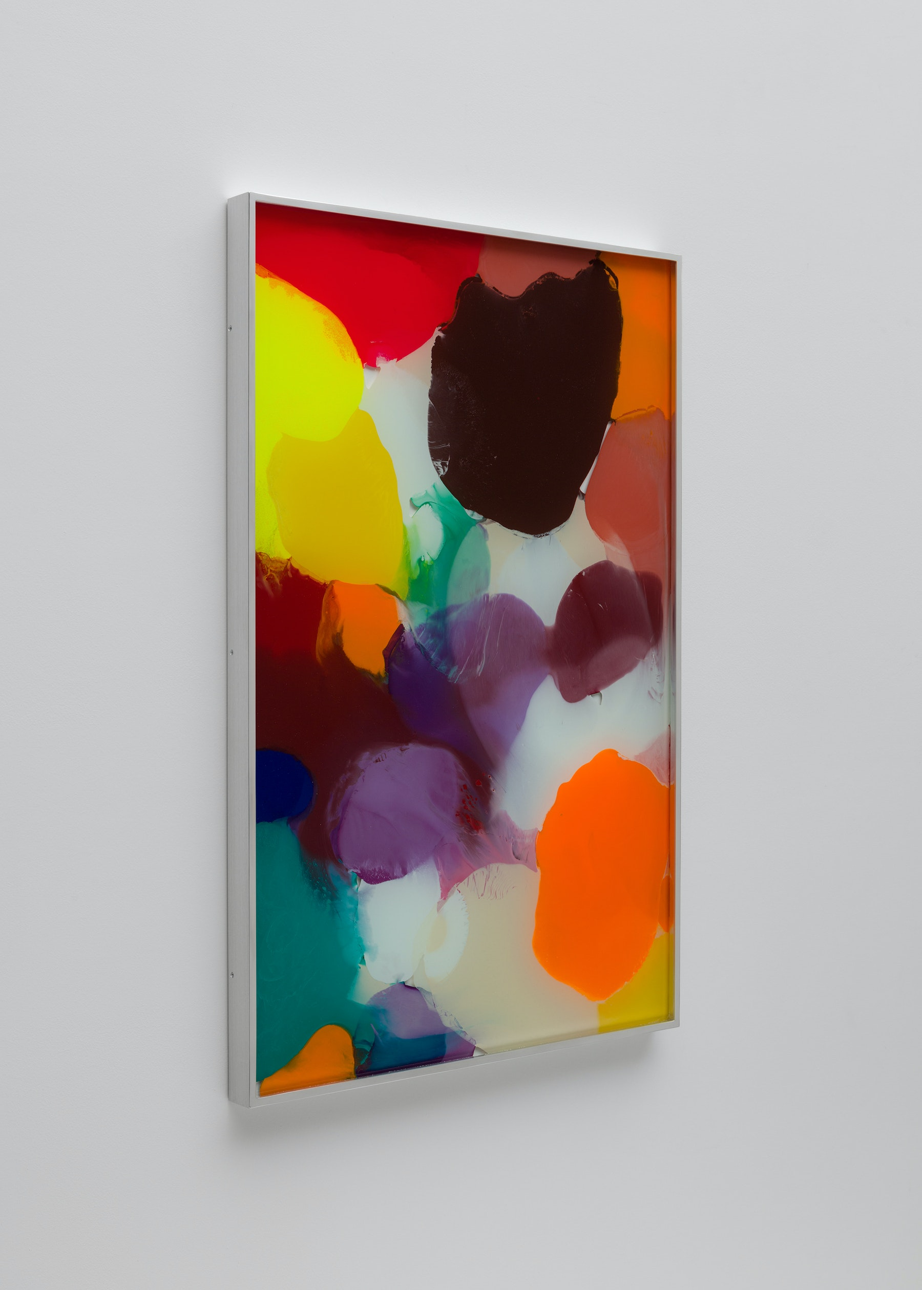 """Yunhee Min """"Up Close in Distance (variation study a4),"""" 2018 Enamel on laminated glass 34.5 x 22.5"""" [HxW] (87.63 x 57.15 cm) Inventory #MIN342 Courtesy of the artist and Vielmetter Los Angeles Photo credit: Brica Wilcox"""