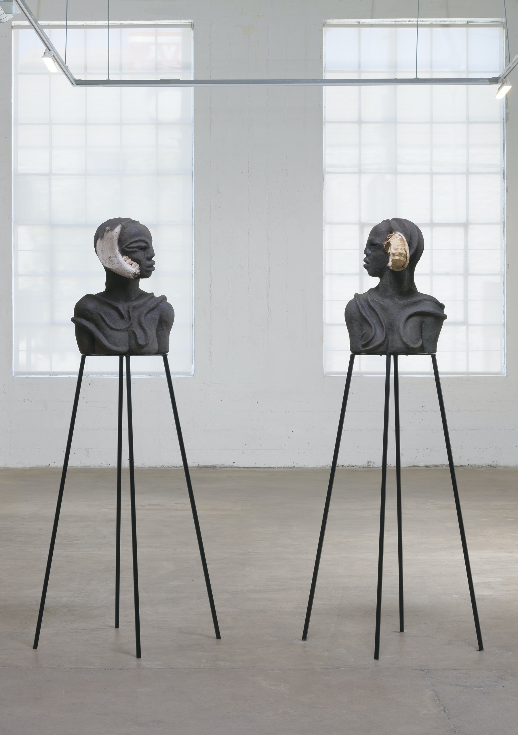 "Wangechi Mutu ""I am Speaking, Can you hear me?,"" 2020 Paper pulp, wood glue, soil, charcoal, bone, feathers, shells, wood, metal stands 22 1/8 x 32 1/2 x 14 1/8 in. (56 x 82.5 x 36 cm) (overall) Inventory #MUT505 Courtesy of the artist and Vielmetter Los Angeles Photo credit: Robert Wedemeyer"