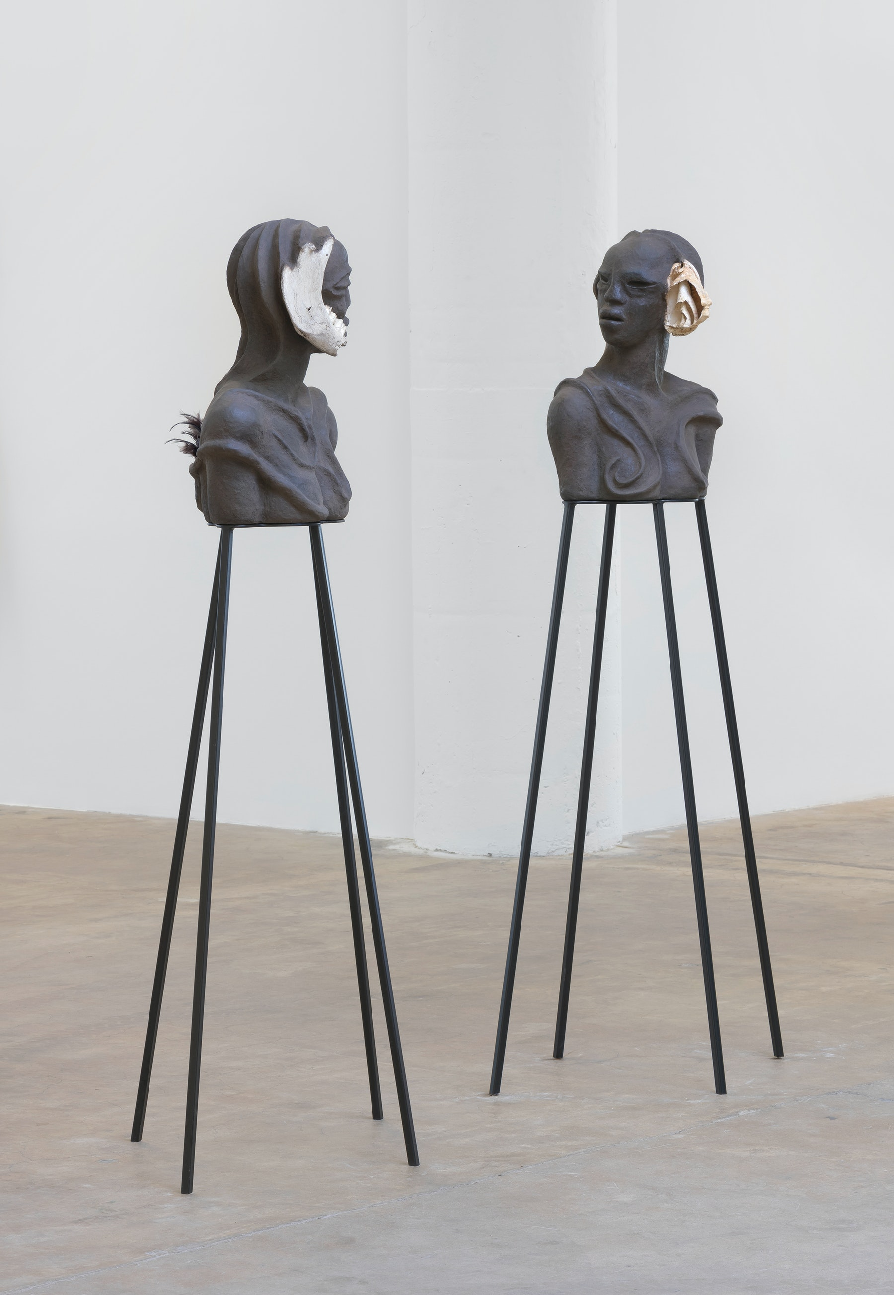 """Wangechi Mutu """"I am Speaking, Can you hear me?,"""" 2020 Paper pulp, wood glue, soil, charcoal, bone, feathers, shells, wood, metal stands 22 1/8 x 32 1/2 x 14 1/8 in. (56 x 82.5 x 36 cm) (overall) Inventory #MUT505 Courtesy of the artist and Vielmetter Los Angeles Photo credit: Robert Wedemeyer"""
