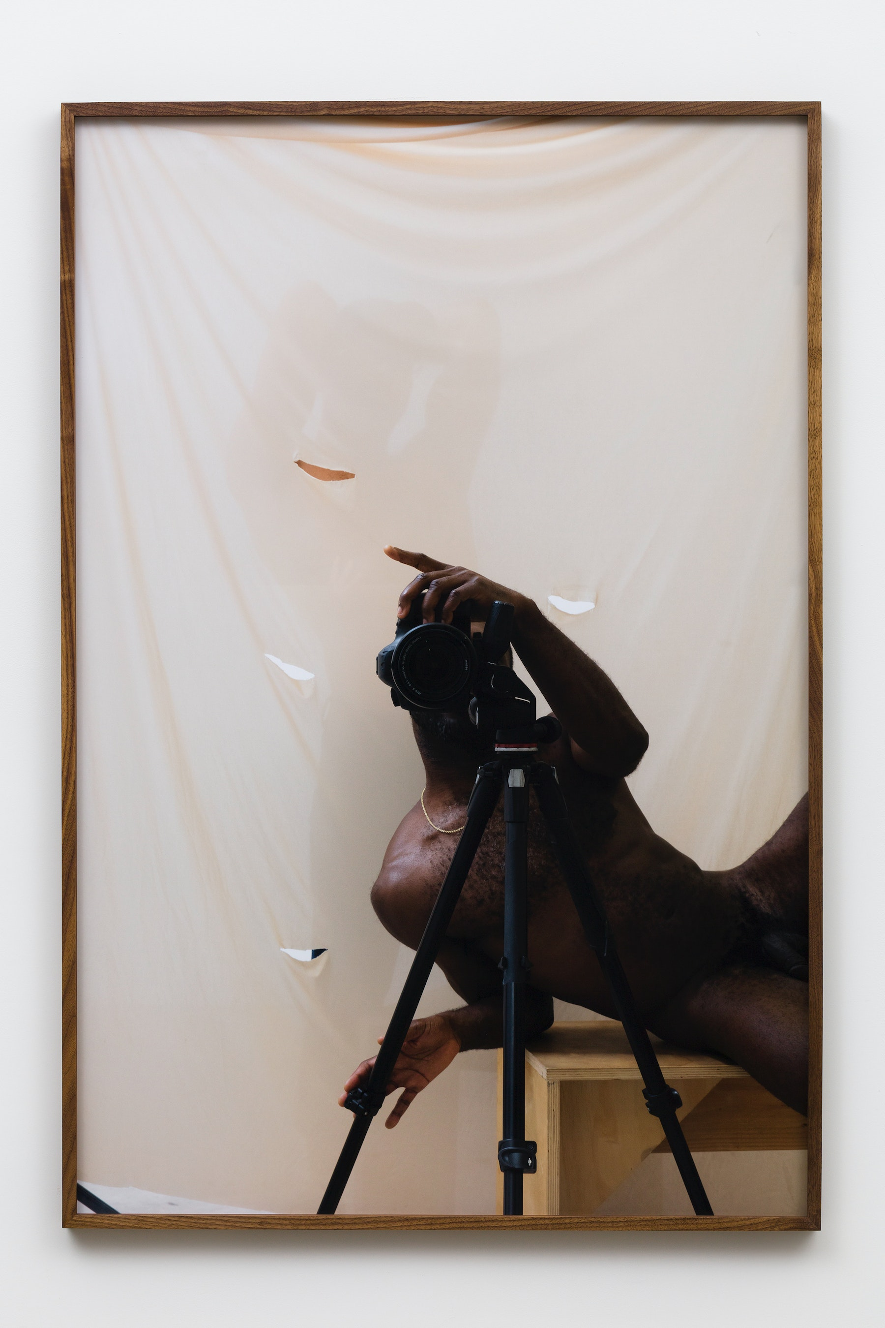 """Paul Mpagi Sepuya """"Screen (0X5A8328),"""" 2019 Archival pigment print 60 x 40"""" [HxW] (152.4 x 101.6 cm) Edition of 5, 2 AP Inventory #SEP655 Courtesy of the artist and Vielmetter Los Angeles Photo credit: Jeff McLane"""