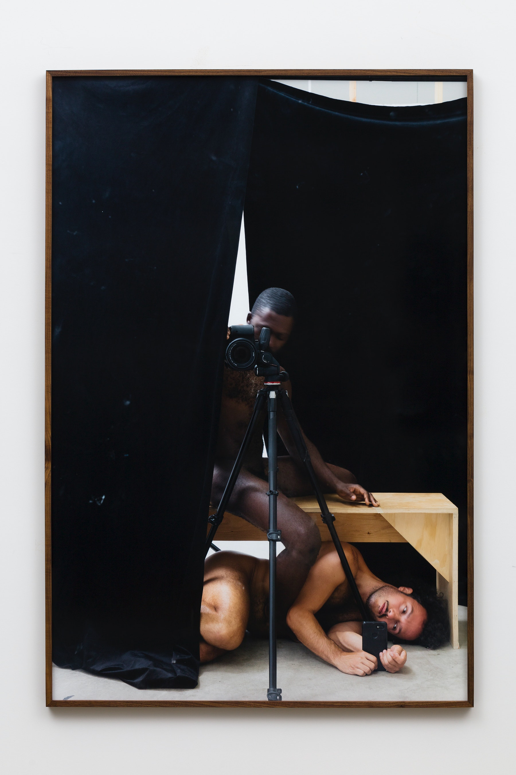 """Paul Mpagi Sepuya """"A conversation around pictures (0X5A2615),"""" 2019 Archival pigment print 75 x 50"""" [HxW] (190.5 x 127 cm) Edition of 5, 2 AP Inventory #SEP659 Courtesy of the artist and Vielmetter Los Angeles Photo credit: Jeff McLane"""