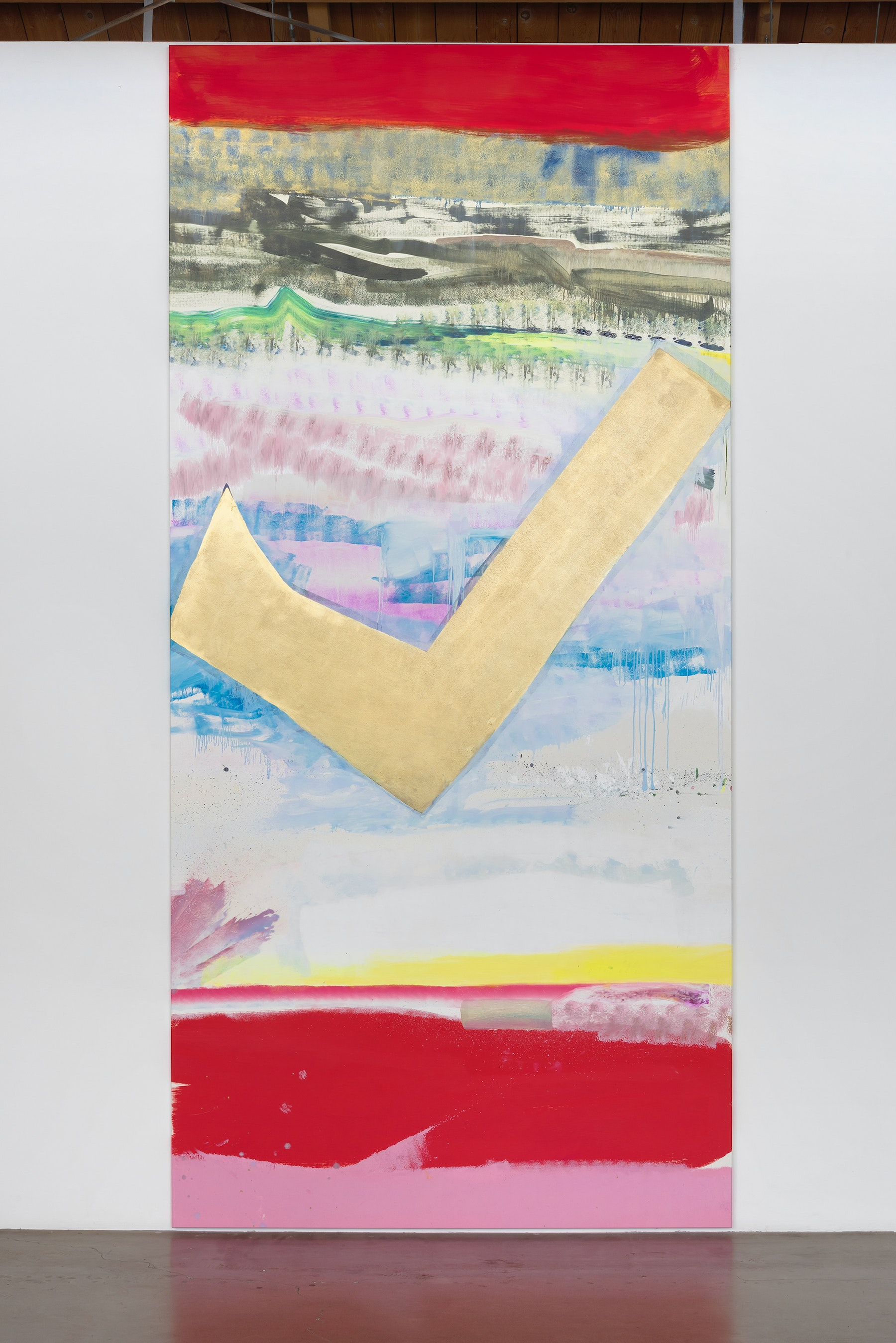 """Monique Van Genderen """"Untitled,"""" 2017 Oil and pigment on linen 13' 9"""" x 78"""" x 1 ¹⁄₄"""" [HxWxD] (419.1 x 198.12 x 3.18 cm) Inventory #VGE333 Courtesy of the artist and Vielmetter Los Angeles Photo credit: Robert Wedemeyer"""