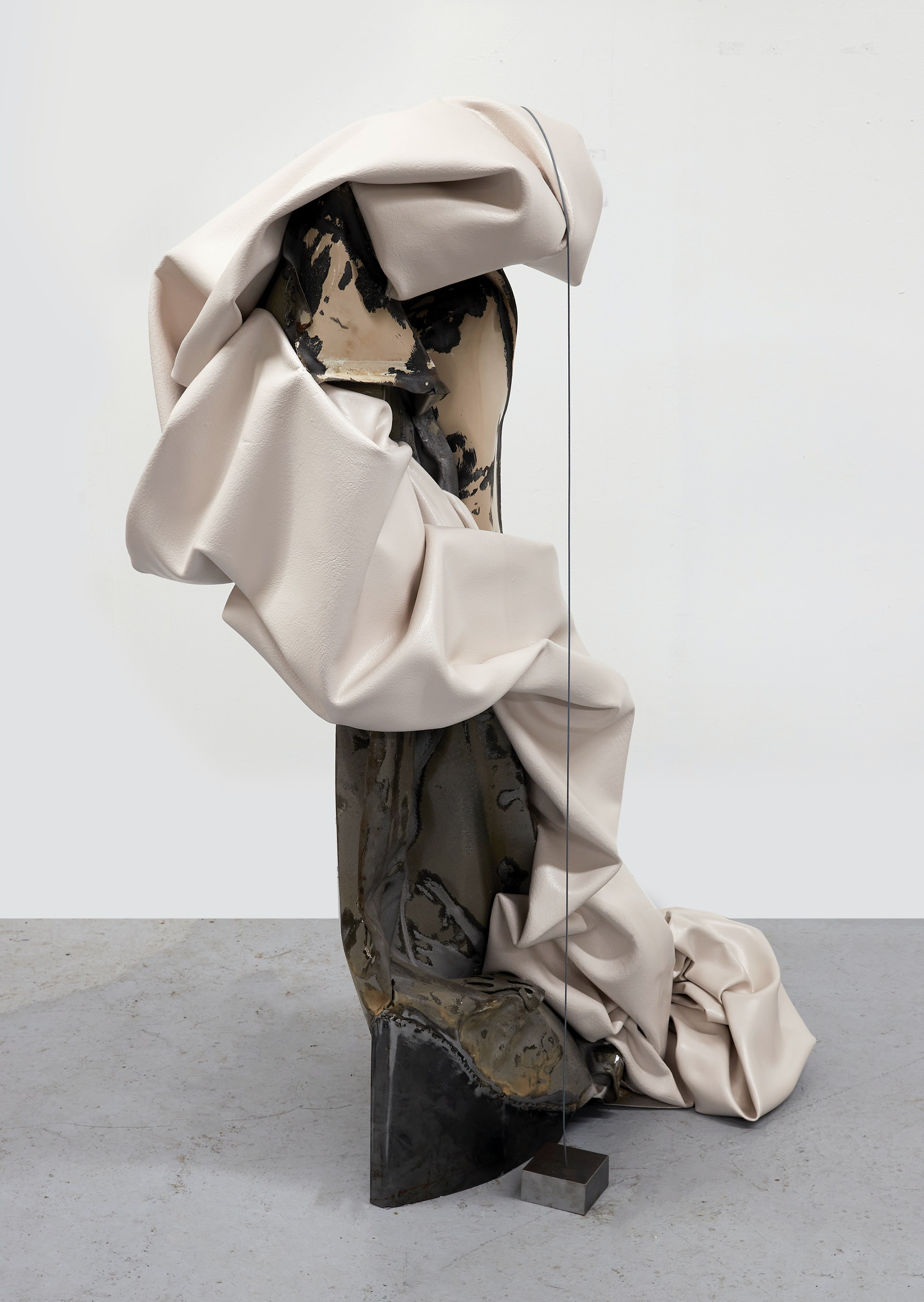 """Kennedy Yanko """"Tidying My Wrath,"""" 2021 Paint skin, metal, steel cable 63"""" x 54"""" x 25"""" [HxWxD] (160.02 x 137.16 x 63.5 cm) Inventory #YAN1022 Courtesy of the artist and Vielmetter Los Angeles Photo credit: Martin Parsekian"""